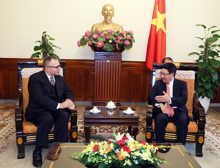 Phó Thủ tướng Phạm Bình Minh tiếp Đại sứ Thổ Nhĩ Kỳ