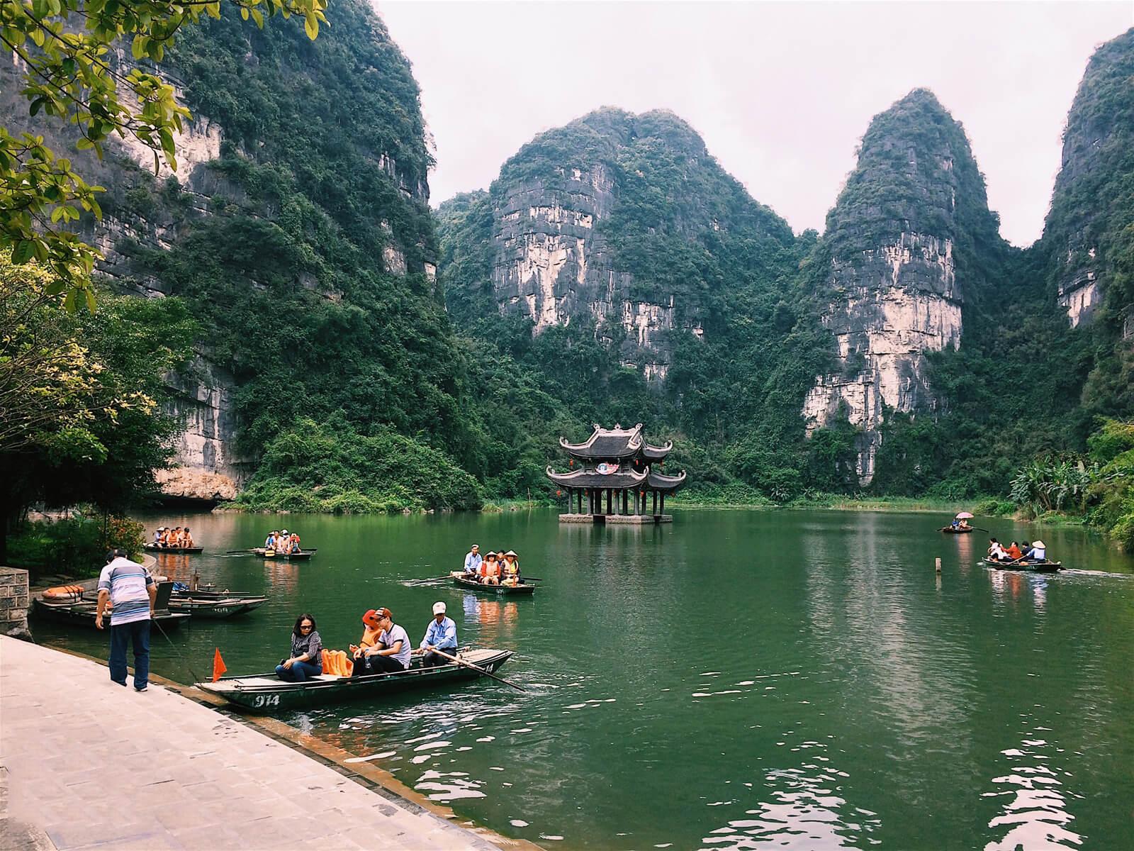 weather april - best places to visit Vietnam in April
