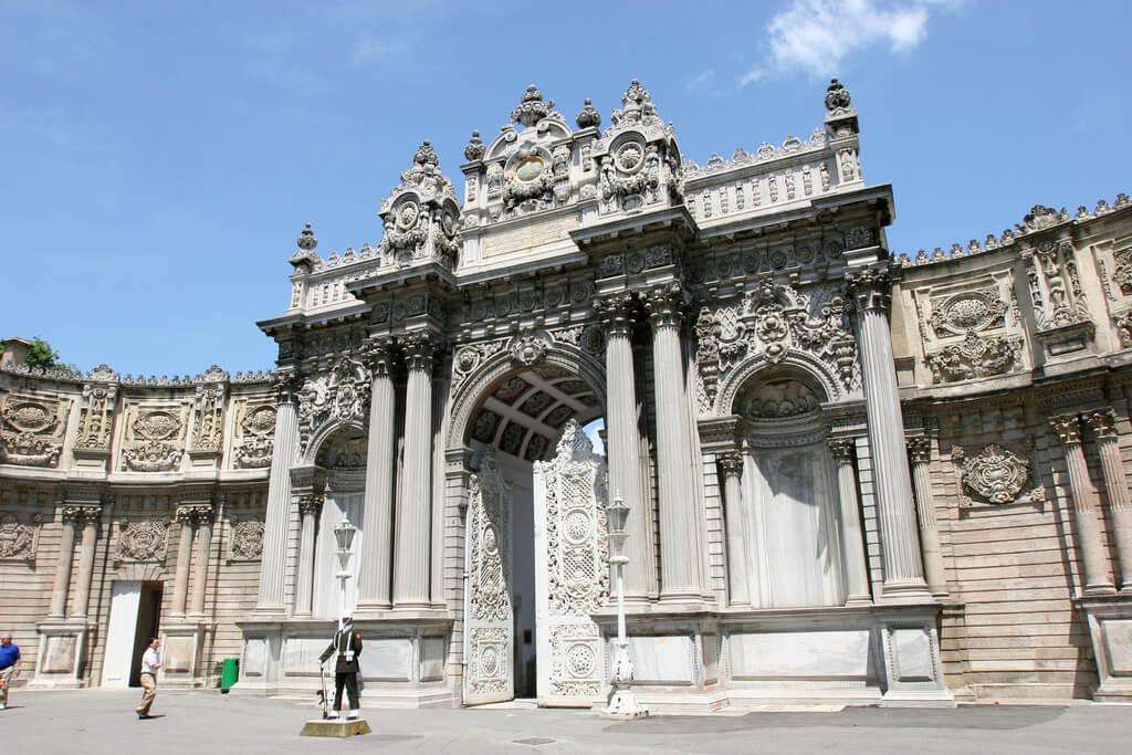 Cung điện Dolmabahce thành phố Istanbul