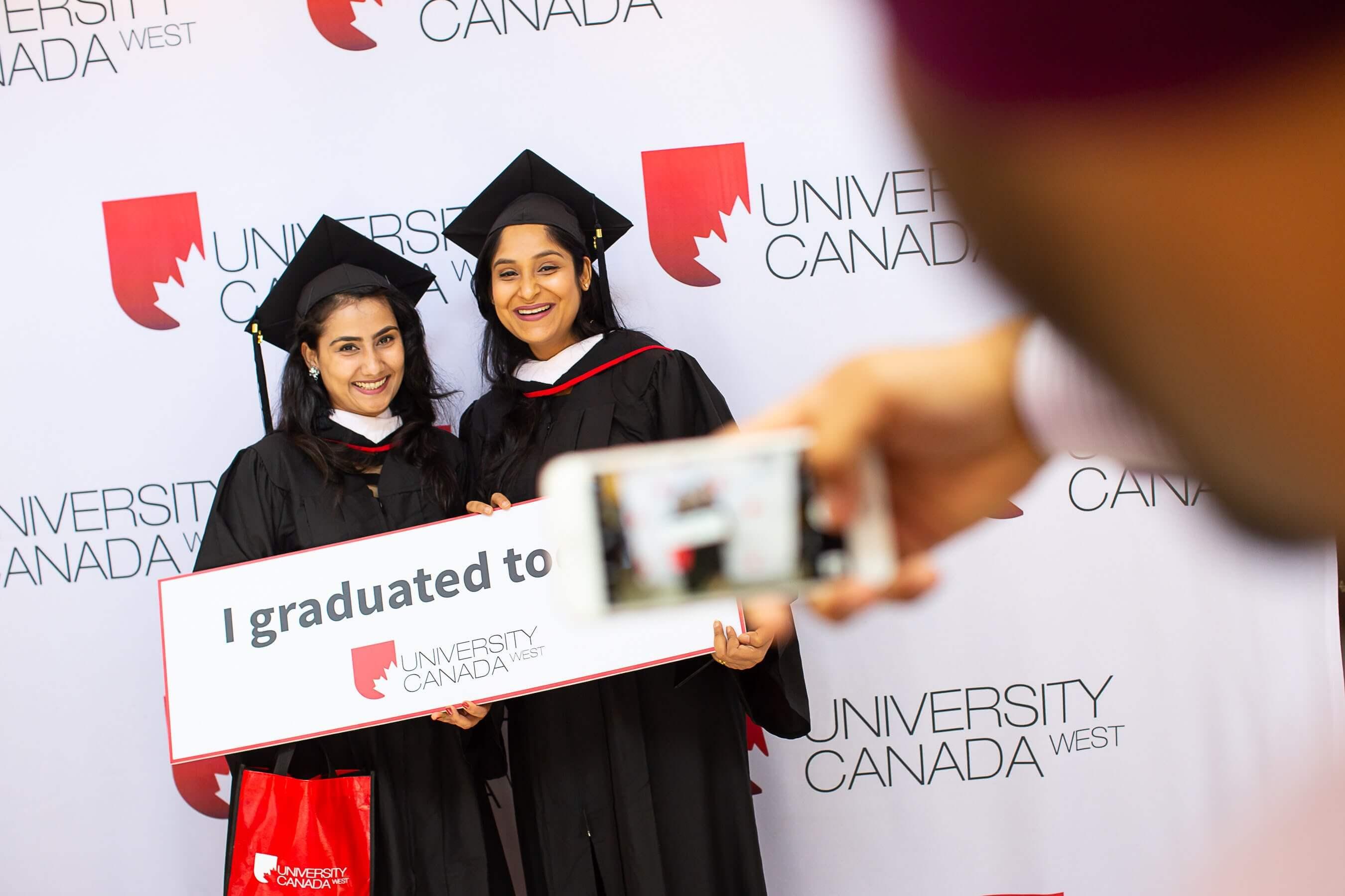 Đại học Canada West