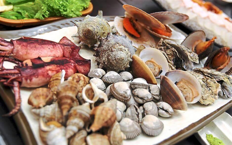 Thưởng thức các loại hải sản tươi ngon khi du lịch Đảo Điệp Sơn