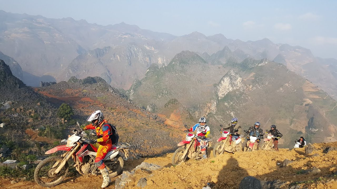 An offroad motorbike tour in Ha Giang
