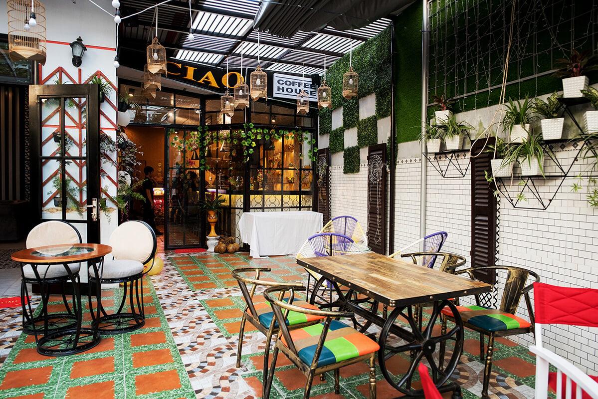 Ciao Coffee giao sở hữu không gian hòa giữa thiên nhiên và nét hiện đại